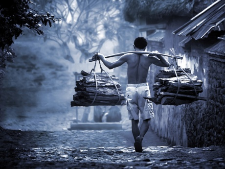 Penjual kayu bakar (Ist)