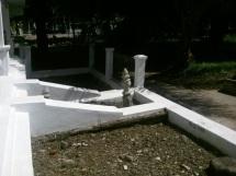 Kaburan lainnya disamping makam Tgk. Dianjong
