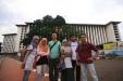 Sejauh-jauh melangkah, seperti baru ini saya berpose di depan masjid Istiqlal (Foto Rahmat Rifki)