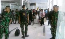 Antri BLSM? Bukan. Antri transit di loket Bandara Kualanamu