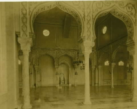 Interior Masjid Raya Baiturrahman pada tahun 1895 Masehi