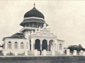 Kondisi Masjid Raya Baiturrahman pada tahun 1913
