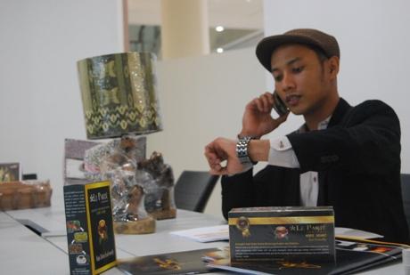 Bayu, Finalis WMM Wilayah I asal Aceh dengan usaha Seurungken Art asal Blangbintang, Aceh Besar (Foto IST)
