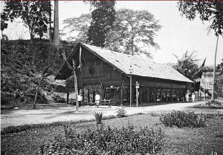 Museum Aceh tampak samping di pameran De Koloniale Tentoonsteling (IST)